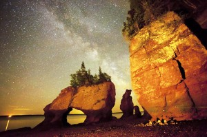 dark_sky_fundy_hopewell_rocks_milky_way