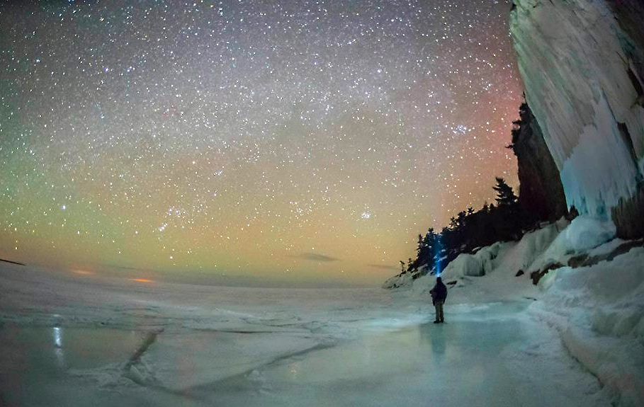 lake_superior_paula_trus_mcmahon_wild_astro_skynews_milky_way